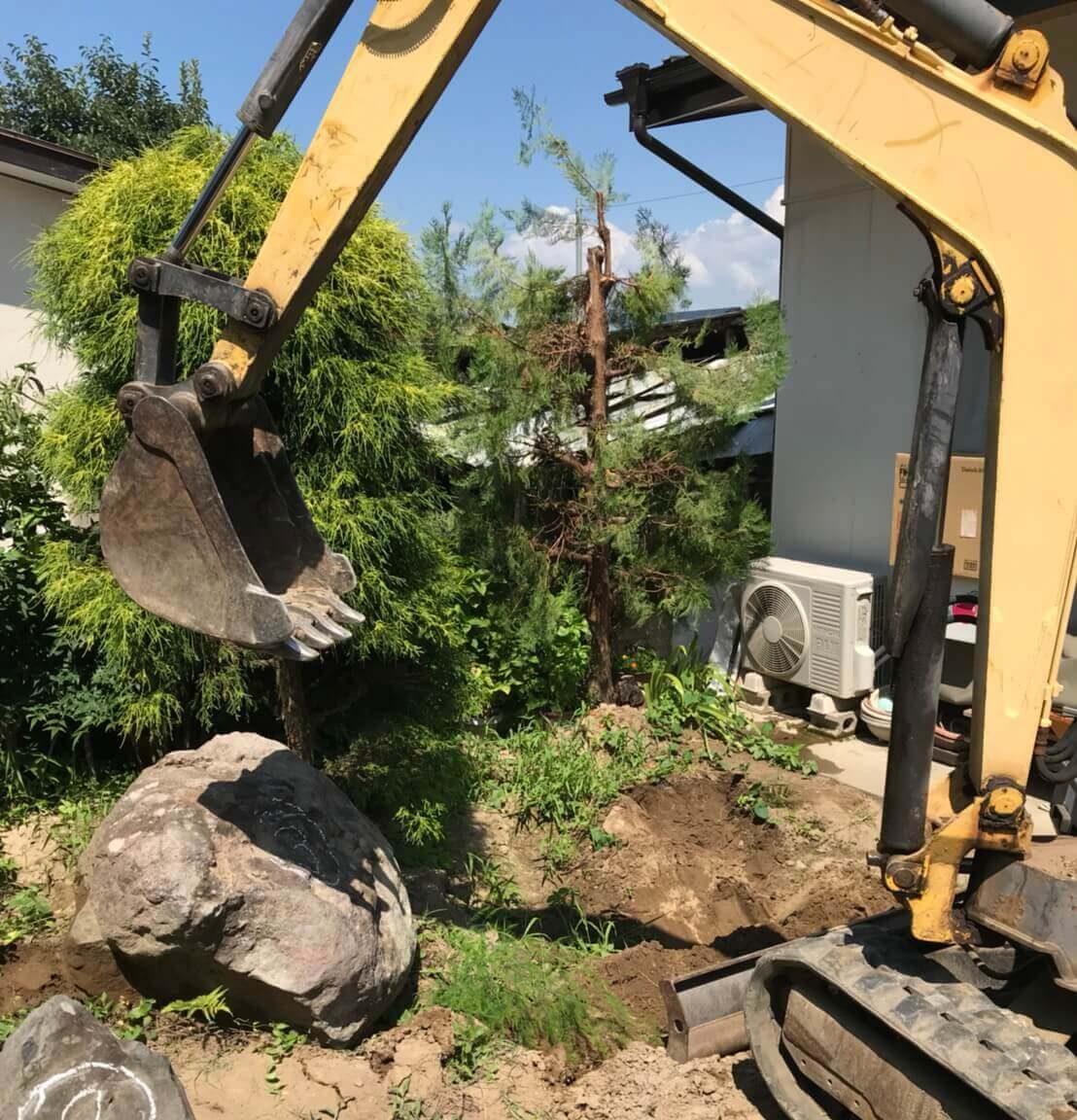 長野市松代町の庭石撤去2