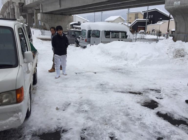 長野市豊野町での除雪1