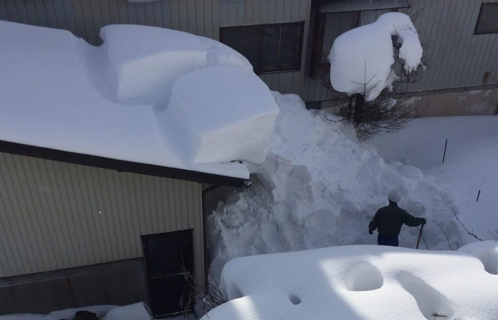 信濃町の雪下ろしのご依頼