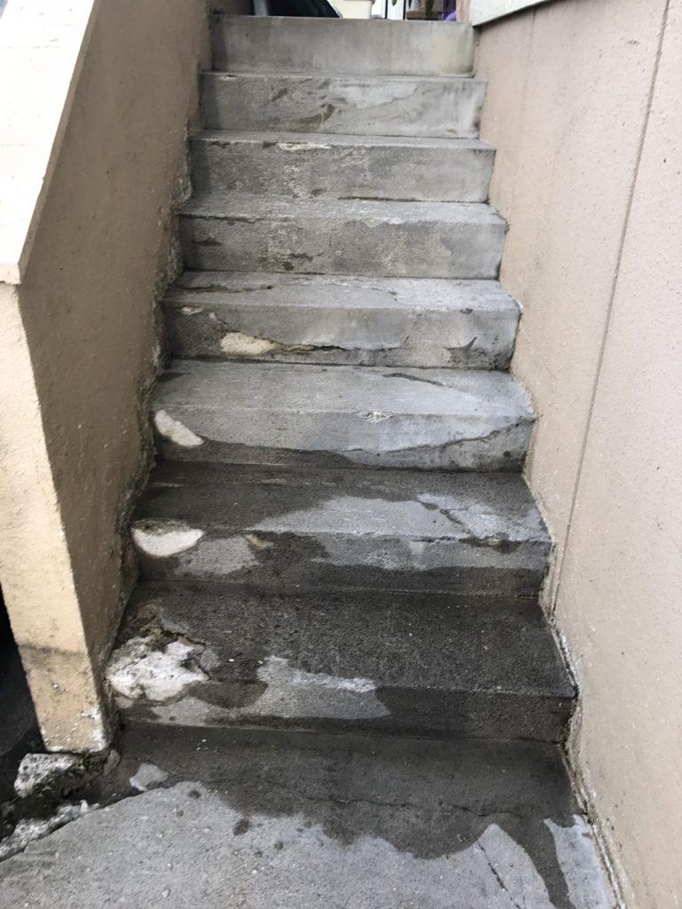 木島平:階段のお掃除2
