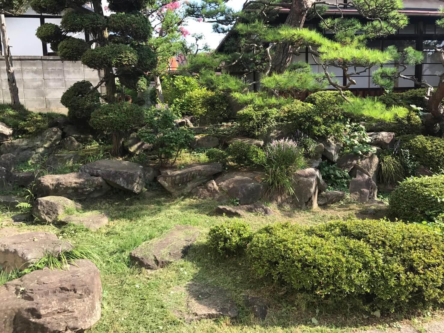 長野市立町 お庭の草刈り1