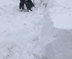 野沢温泉村での雪下ろし作業2