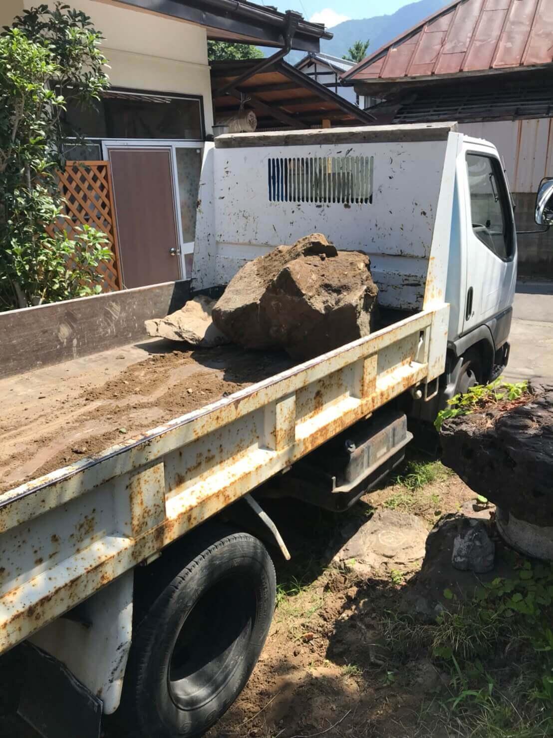 長野市松代町での庭石撤去作業4